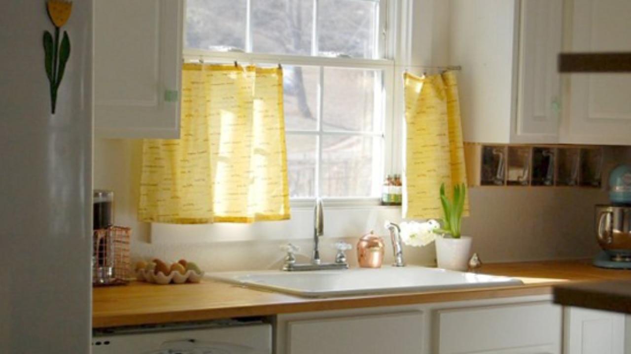 Small Kitchen Window Treatments Blindsgalore Blog