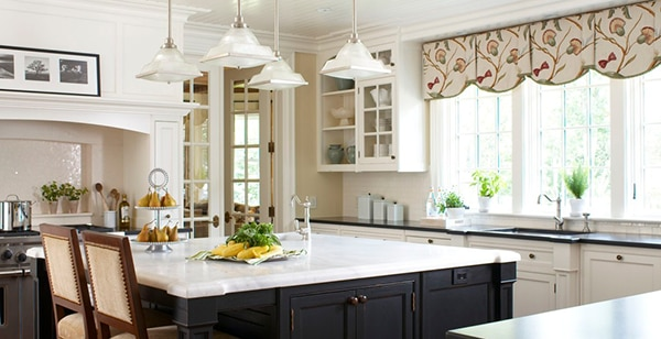 Traditional Kitchen Valance